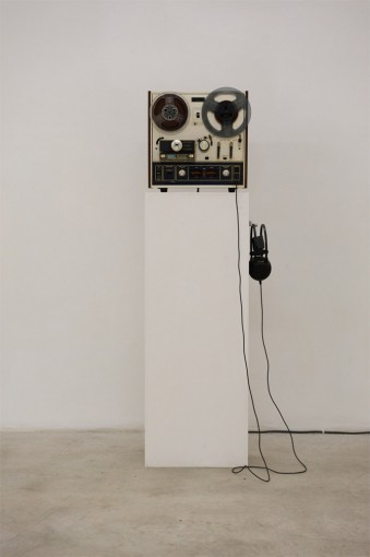 Untitled (di un dio minore), 2010, reel to reel tape recorder, magnetic tape, headphone, cm 34x36x17
