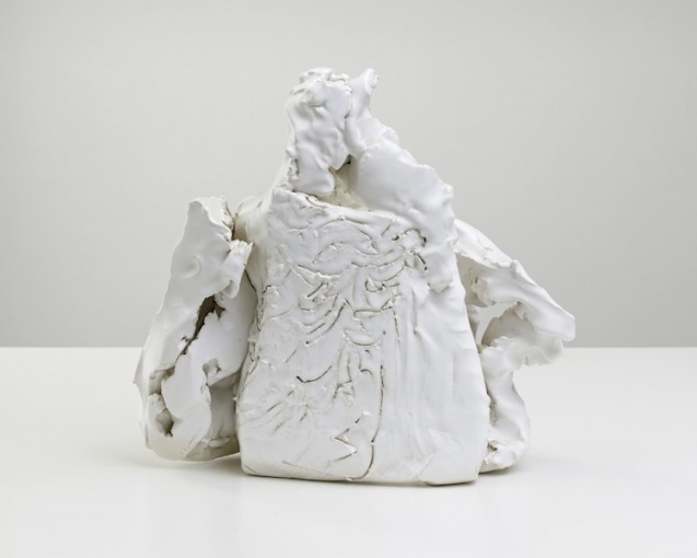 Dead weight, 2012. Fired and glazed ceramic, cm 32,5 x 34x 11