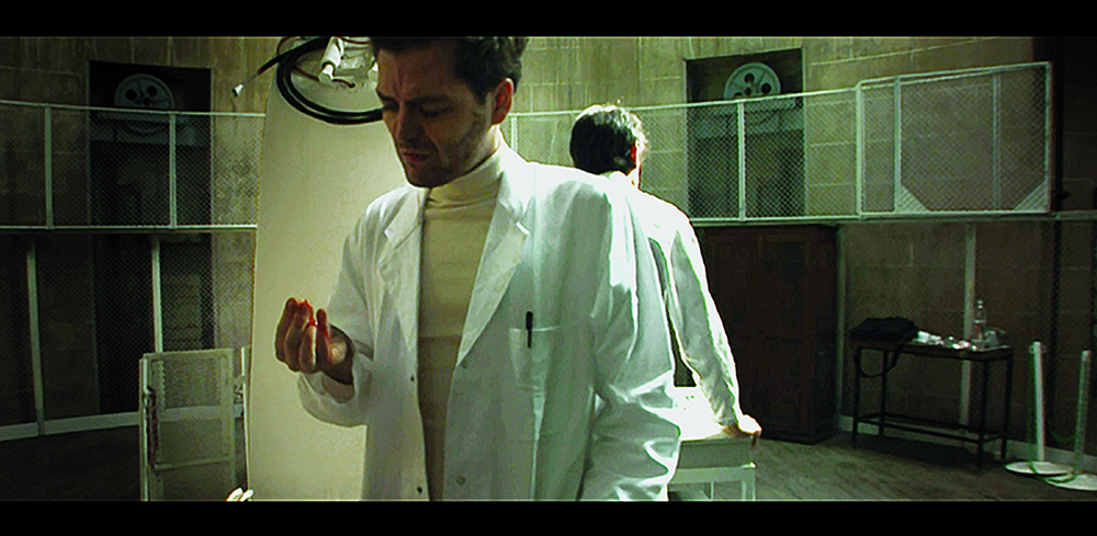Readings, 2005, film (10801 / HD), 14'