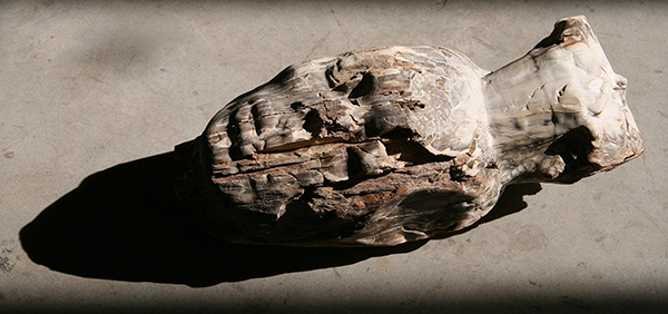 Nicola Samorì, Senza titolo, 2016, fossilized wood, 45 x 20 x 17 cm