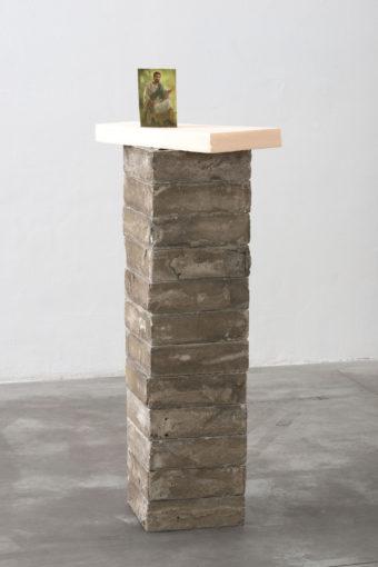 Eric Bainbridge, Jesus, 2011 decorative concrete bocks, styrofoam, paper, 133 x 52 x 52 cm