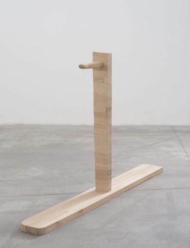 Eric Bainbridge, Hardwood, 2016, oak, 125 x 102 x 18 cm